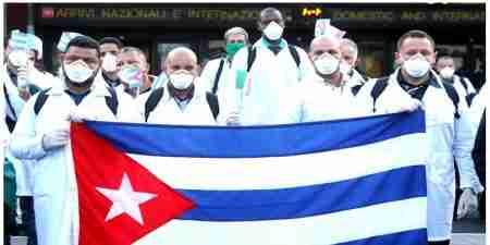 Julio Guerra e i medici cubani che hanno curato Torino durante la pandemia