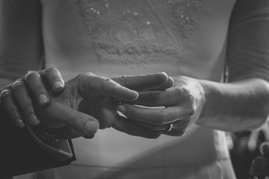 Wedding Photography - ring exchange