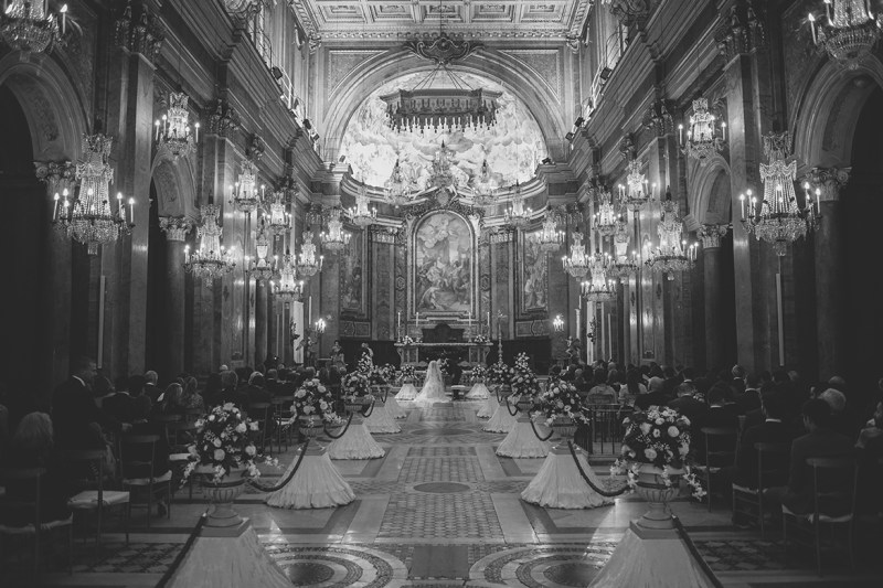 Wedding Photography - Beautiful church in Rome during ceremony