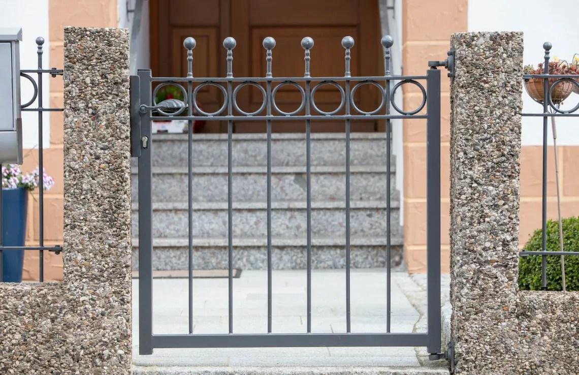 Eingangstor Belluno - pulverbeschichtet - Kugelstab