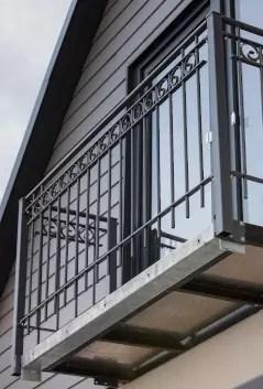 Stahlgeländer Bologna in pulverbeschichteter Ausführung