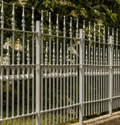 Verzinkter Gartenzaun Lucca aus Metall
