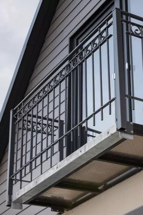 Geländer Bausatz Bologna in pulverbeschichteter Ausführung