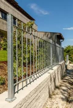 Gartenzaun aus Metall Padua in feuerverzinkter Ausführung