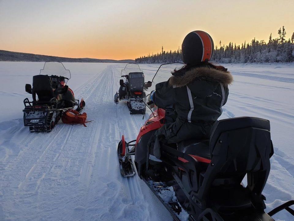 Spedizione con le motoslitte Kiruna Lapponia