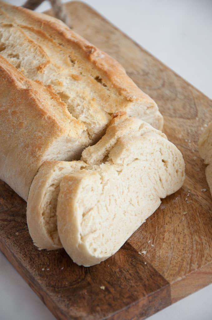 Основные белый хлеб - веганский |  ElephantasticVegan.com