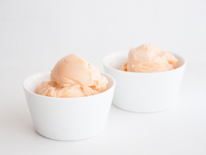 VEGAN 2 INGREDIENT CANTALOUPE ICE CREAM (by ElephantasticVegan.com)