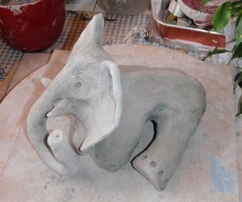 elephant_assis__b1