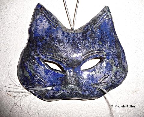 "masque chat ""Chachémoi bleu cobalt"" © Michèle Ruffin"