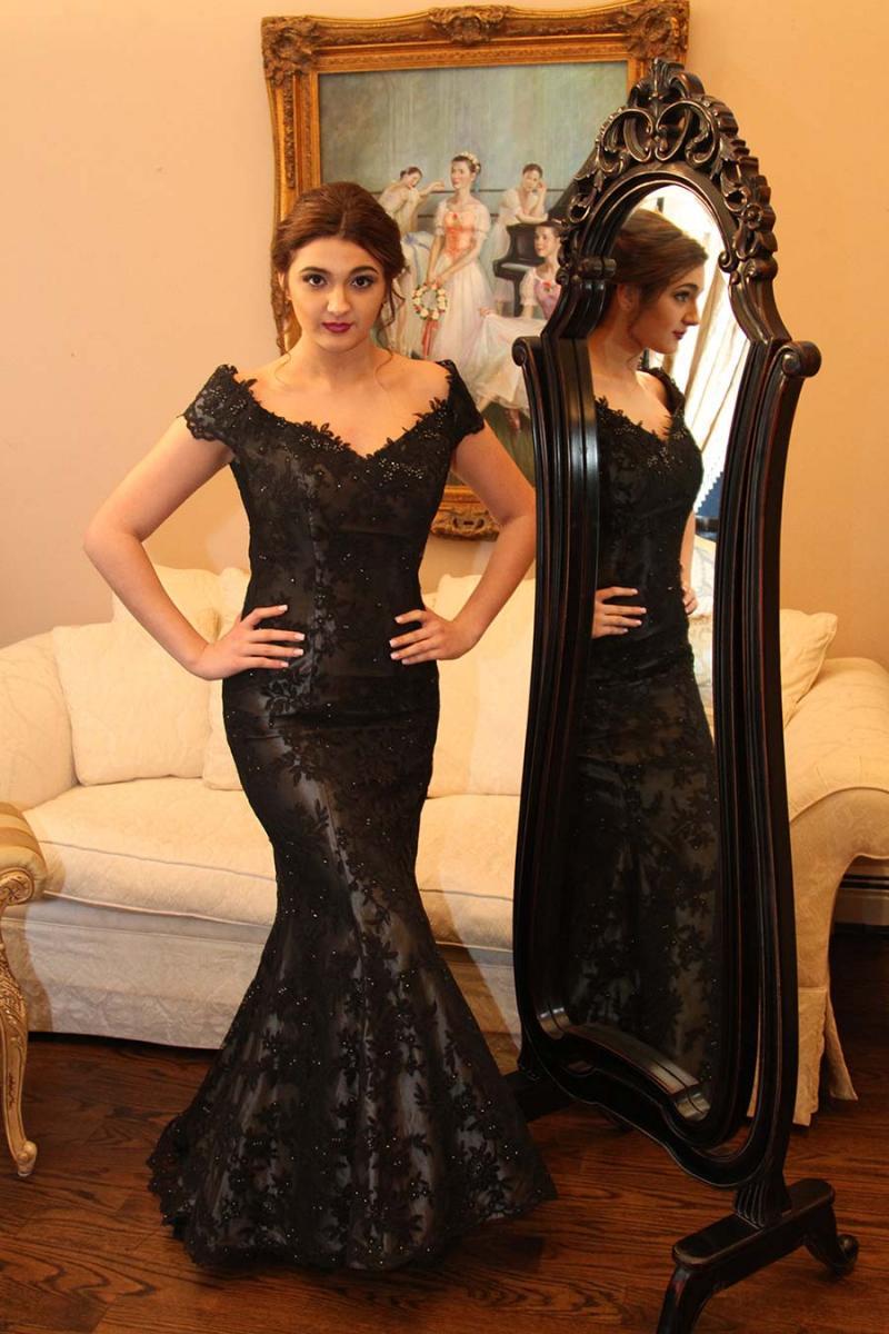 Tina Di Martina  Elephants Trunk Couture
