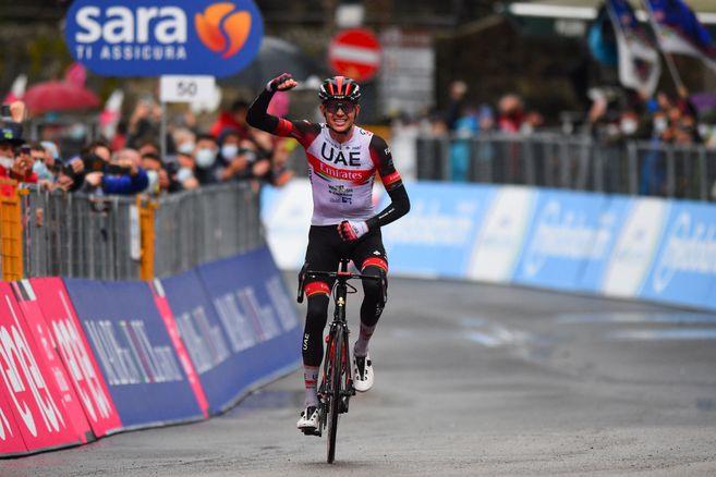 Egan Bernal brilló en la primera llegada en ascenso del Giro de Italia 2021