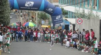 Escuela Manuel Muñoz dio inicio a sus fiestas con circuito pedestre