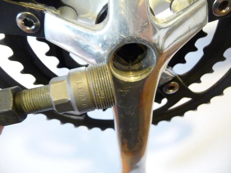 Rimozione guarnitura e manutenzione movimenti a perno quadro