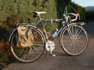 0915 Peugeot Anjou 111