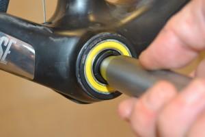 4946 Installazione e manutenzione Press-fit 26