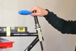 5511 Montiamo la bici serie sterzo trittico leve Surly Cross Check 50