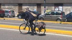 6574 Ciclista urbano 03