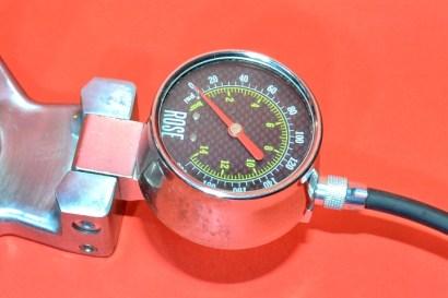 manometro pompa bicicletta