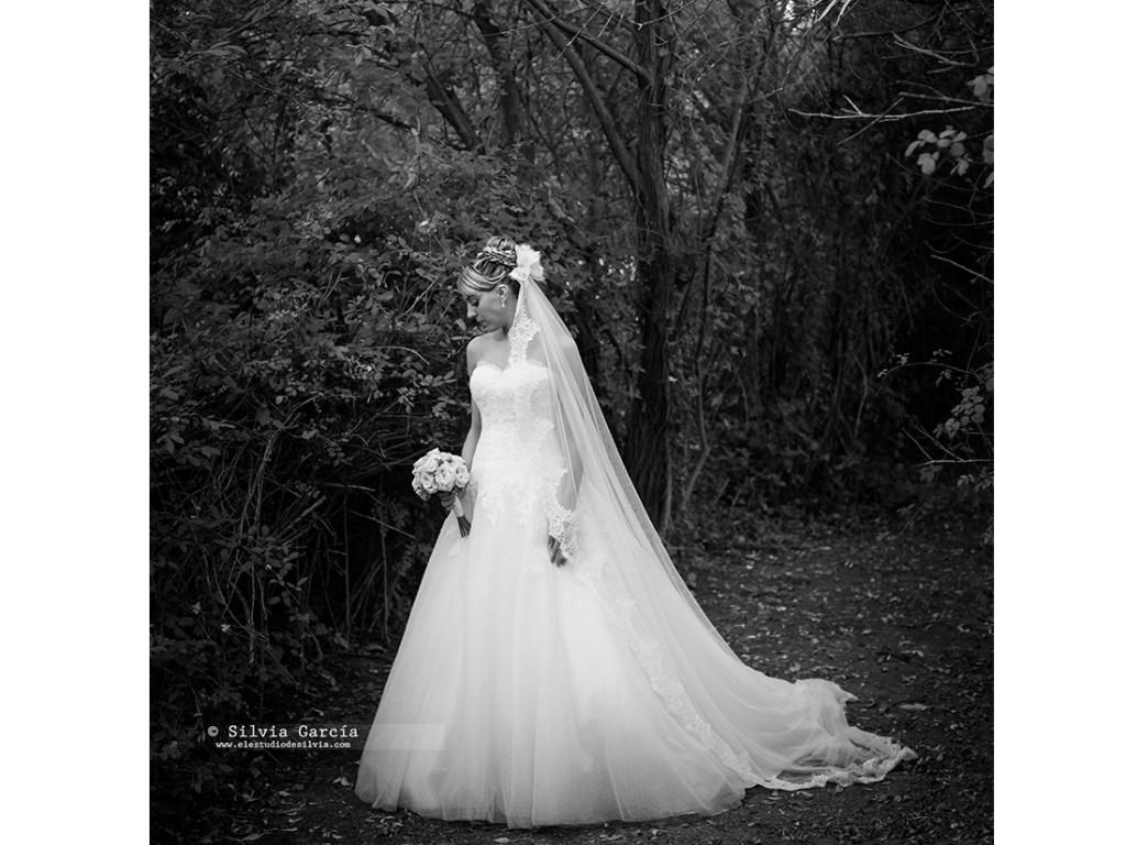 Boda de Isa y Felipe, fotos de boda, fotografía de bodas Moralzarzal, fotografo de bodas Moralzarzal, fotos de pareja, Finca Cañada Real, bodas El Escorial