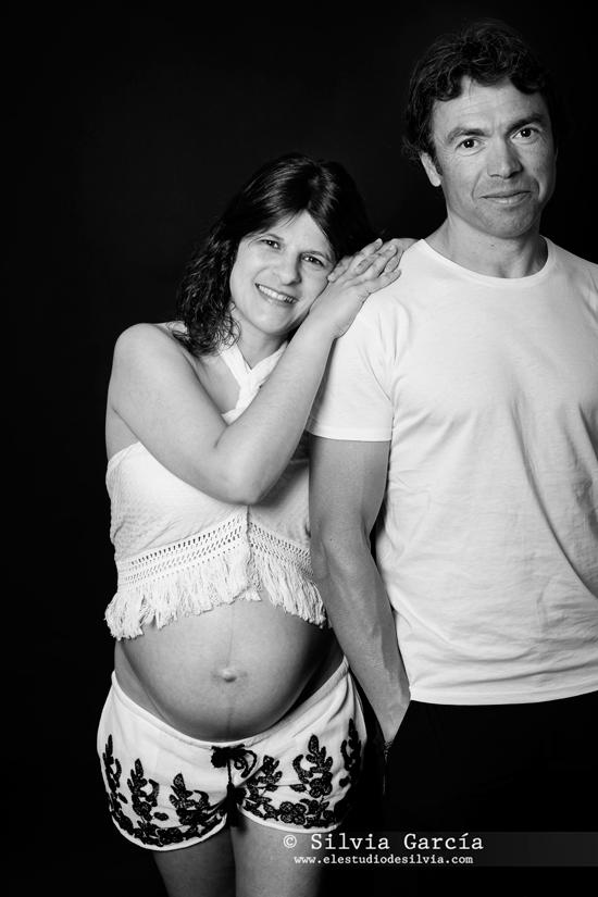 _MG_0016bn, fotografia premama, fotografia de embarazo, fotos premama, fotos de embarazo, fotografia familiar, fotos premama naturales