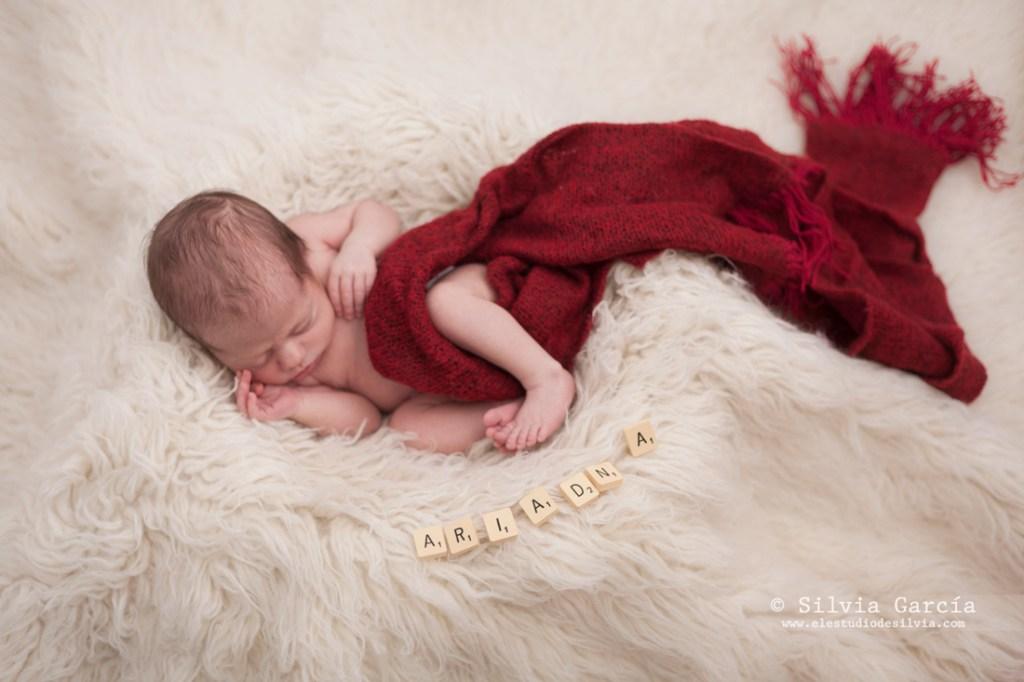 fotografía recien nacido, fotos de recién nacido, newborn fotografia, fotos de bebes, fotos de maternidad, fotografia familar, fotografo recien nacido Moralzarzal, estudio de silvia,