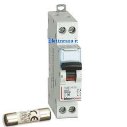 Schema Elettrico Presa Interruttore Lampadina : Interruttore magnetotermico per proteggere l impianto elettrico
