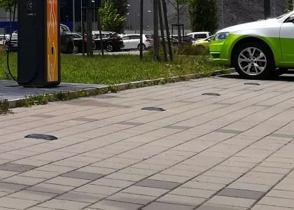 Smart_City_System_apertura-420x300 Parking Pilot: il sistema che aiuta a trovare parcheggi liberi