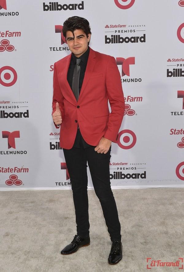 MIAMI, FL - APRIL 30: Jonathan Moli arrives at 2015 Billboard Latin Music Awards presented bu State Farm on Telemundo at Bank United Center on April 30, 2015 in Miami, Florida.   Rodrigo Varela/Getty Images/AFP