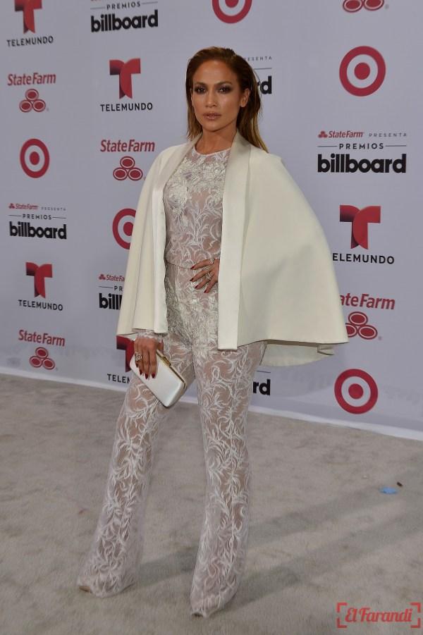 MIAMI, FL - APRIL 30: Jennifer Lopez arrives at 2015 Billboard Latin Music Awards presented bu State Farm on Telemundo at Bank United Center on April 30, 2015 in Miami, Florida.   Rodrigo Varela/Getty Images/AFP