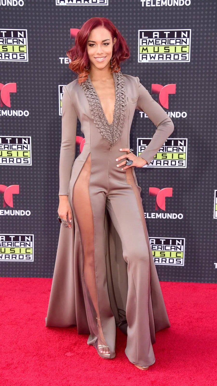 HOLLYWOOD, CA - OCTOBER 08: Singer Natalie La Rose attends Telemundo's Latin American Music Awards at the Dolby Theatre on October 8, 2015 in Hollywood, California. (Photo by Frazer Harrison/Getty Images)