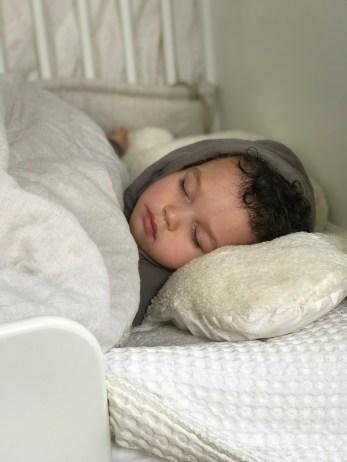 schlafen im stokke-home-bed