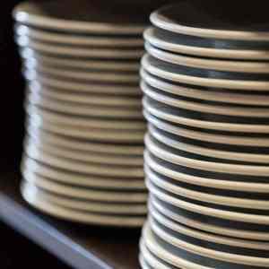 Busser plates