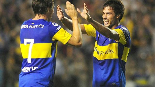Mouche y Cvitanich, los autores de los goles contra Olimpo en la fecha 1 del Clausura 2012