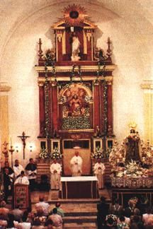 Altar mayor Parroquia de la divina pastora