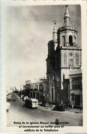 Iglesia Mayor. Relojes de San Fernando.