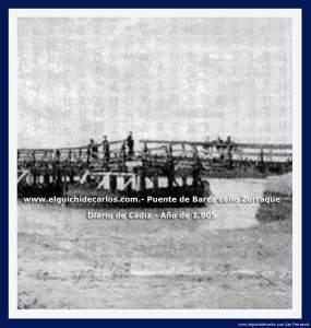Puente de barcas sobre el caño Zurraque