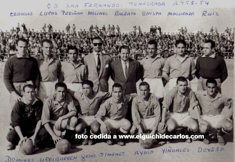 El equipo que ascendió. Fotografía cedida por la familia Devesa a www.elguichidecarlos.com