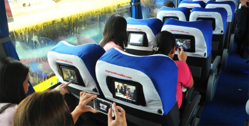 Tecnologa en las carreteras con lnea Premium Plus de