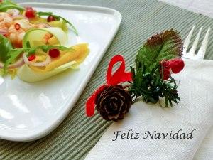 Receta para Love my Salad : Ensalada bonita de calabacín, mango y langostinos con vinagreta de naranja picante y granada .