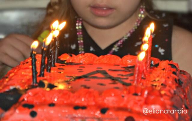 pastel-cumpleaños-alegría