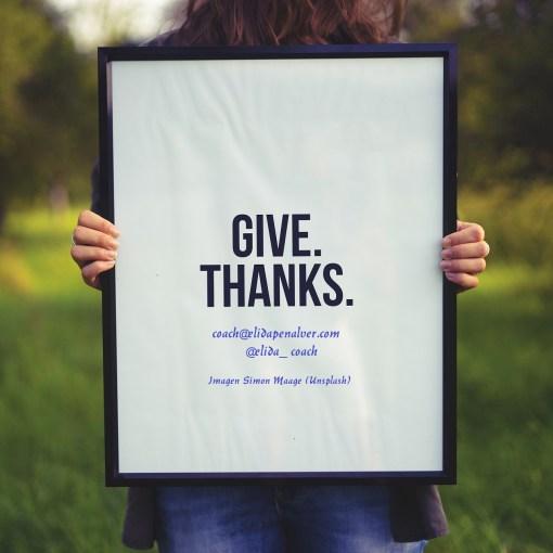 Agradecer. Felicidad. Imagen Simon Maage (Unsplash)