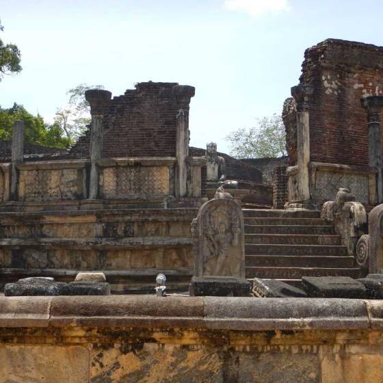 Sri Lanka Polonnaruwa Vatadage