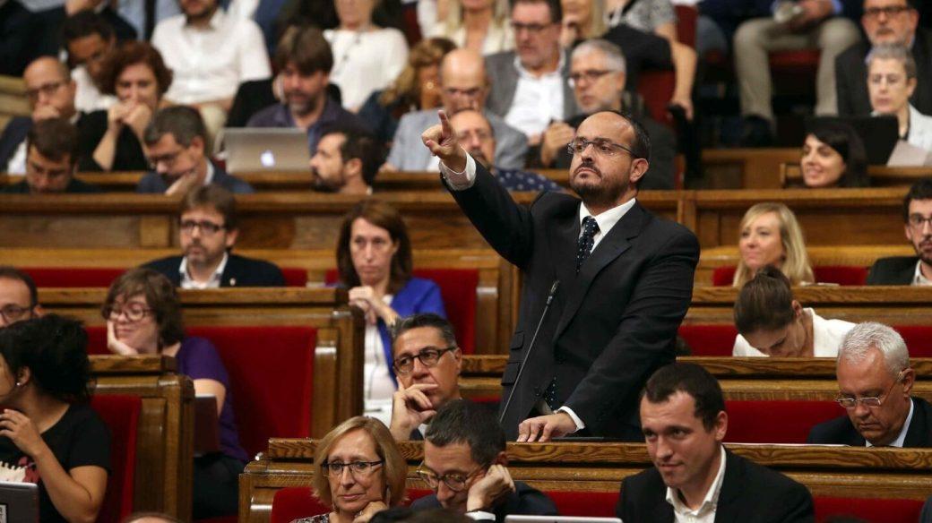 Referéndum 1-O: Alejandro Fernández (PP), en el Parlament.