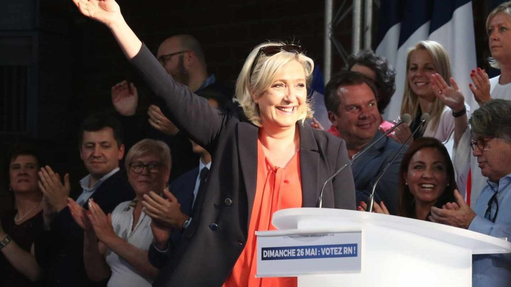 Marine Le Pen,líder de Reagrupación Nacional, en uno de los mítines de las europeas.