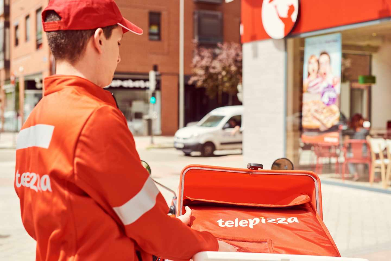KKR adquiere el control de Telepizza pese a la baja