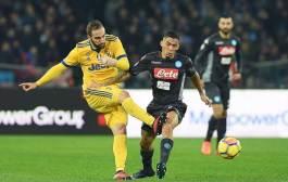 Con gol del argentino Higuaín, la Juventus supera al Napoli