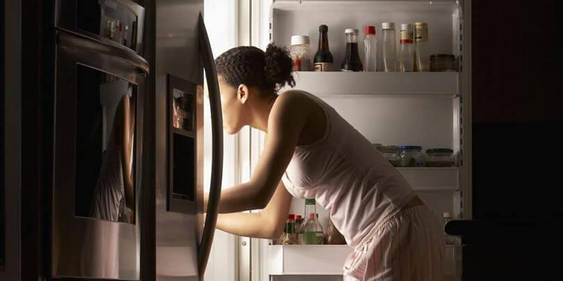 Comedor nocturno  Dietista Nutricionista Elisa Escorihuela