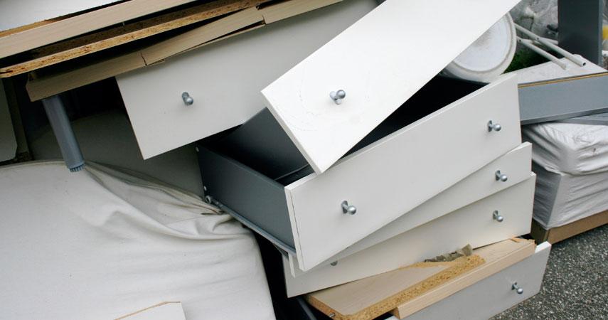 recycler et trier le mobilier de bureau