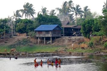 Le bain des moines (vu depuis notre bungalow)