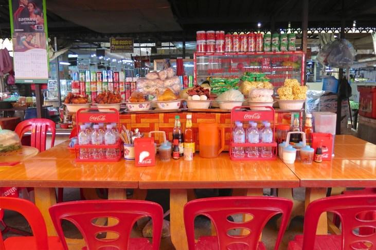 gargotte marché Battambang Cambodge blog voyage 1